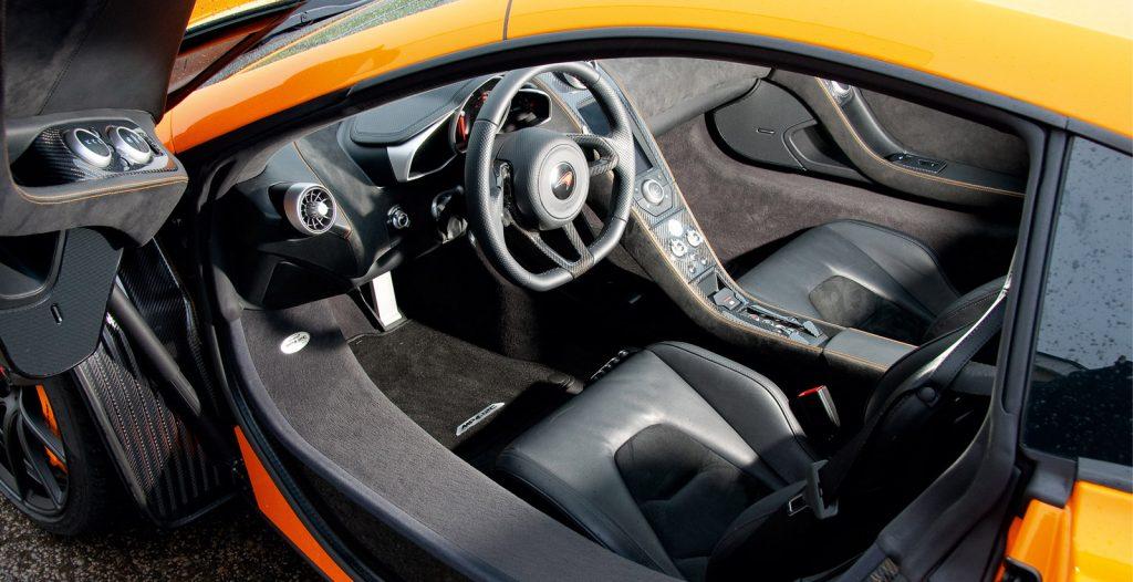 McLaren 12C Interior Doors Open