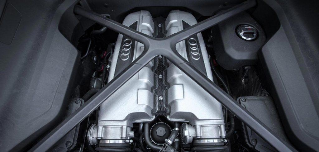 Cheap Supercar - Audi R8 Engine Bay