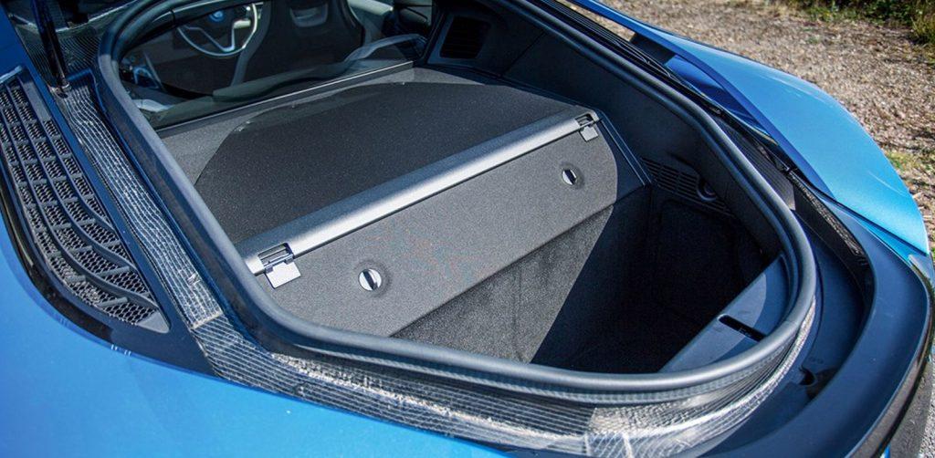 BMW i8 Boot Storage Space