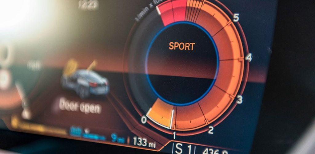 BMW i8 Dashboard Sport Mode