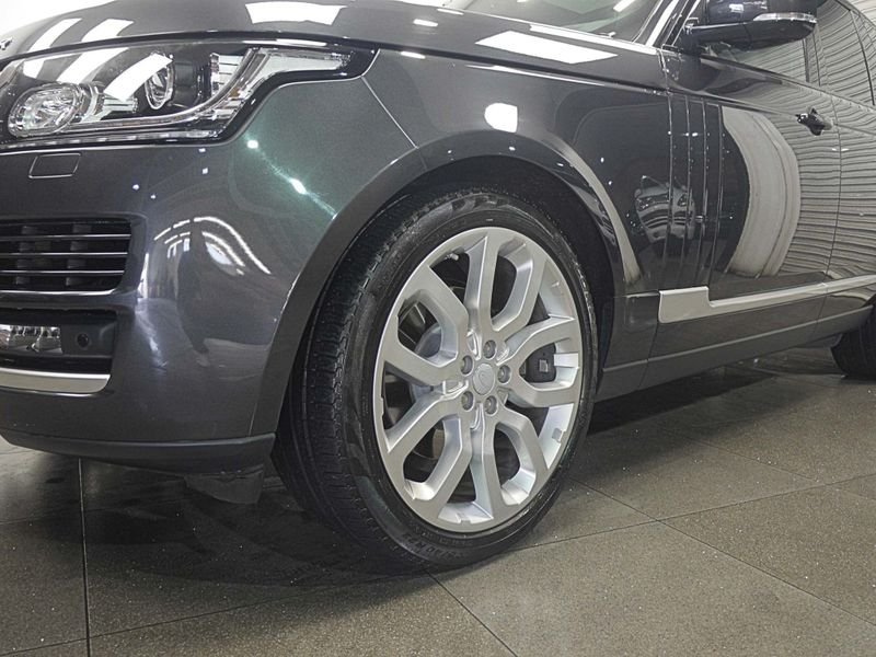 Land Rover Range Rover 3.0 TD V6 Vogue Auto 4WD (s/s) 5dr full