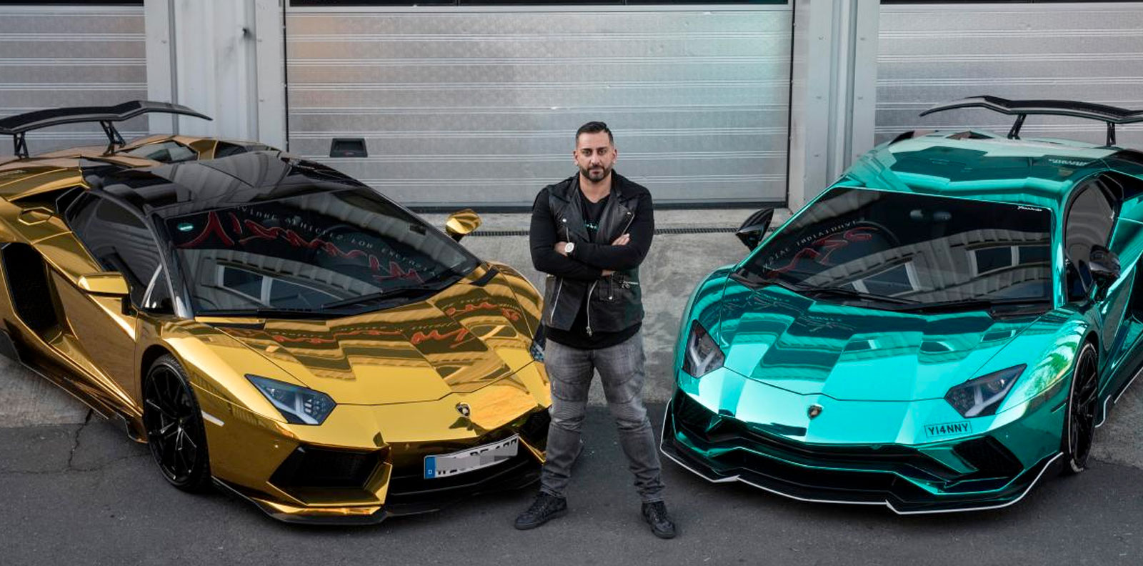Yiannimize Car Wrapping