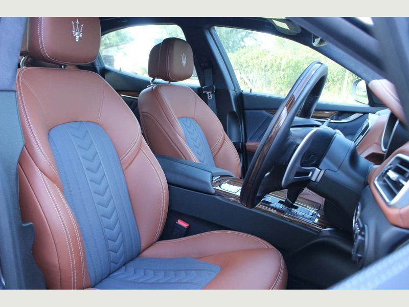 Maserati Ghibli 3.0 V6 GranLusso ZF (s/s) 4dr full