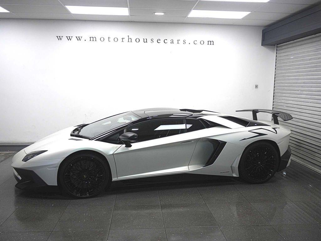 Lamborghini Aventador 6.5 V12 LP 750-4 Superveloce ISR 4WD 2dr full