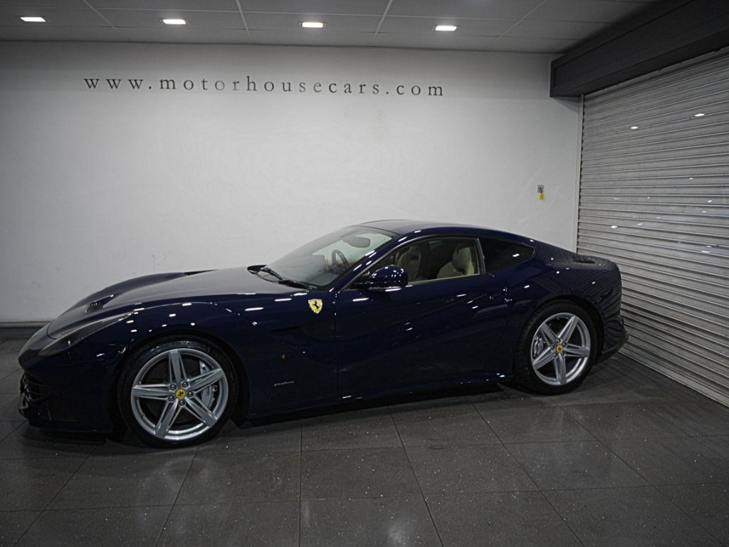 Ferrari F12berlinetta 6.2 F1 Dual Clutch 2dr full